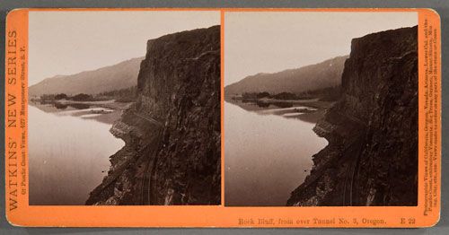 #E22 - Rock Bluff from over Tunnel #3, Columbia River, Oregon